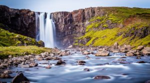 5 Reasons to Book a Flight to Iceland Right Now